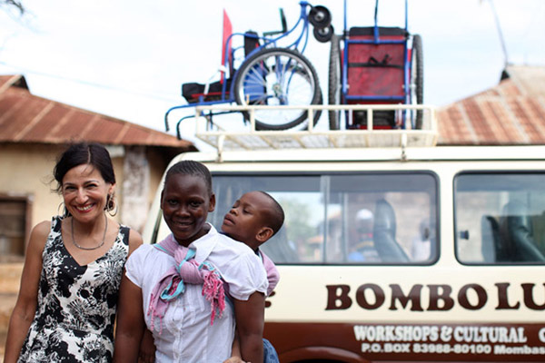 ケニアの子どもたちに車いすを贈ろうキャンペーン SWALLOWS LIBRARY CAMPAIGN