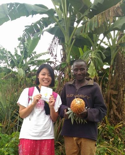 ピープルツリーのフェアトレードドライフルーツ パイナップルの生産者さんを訪ねて