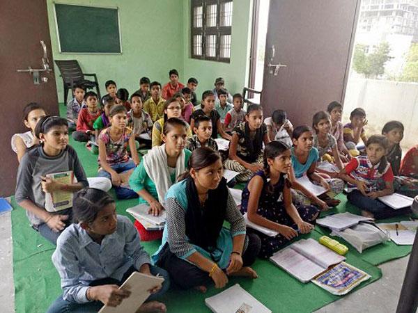 ジュエリーでインドの子どもたちを支援